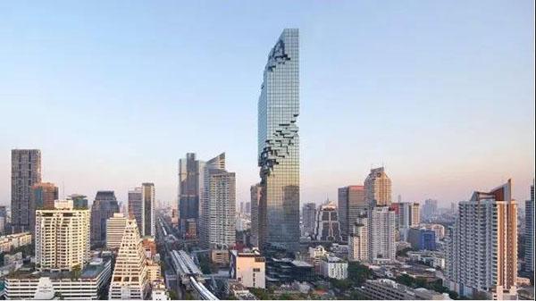NAPATTIGA在曼谷大楼免税店与大家见面了